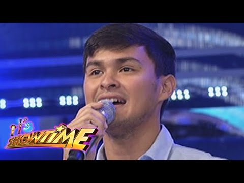 It's Showtime: Matteo Guidicelli sings