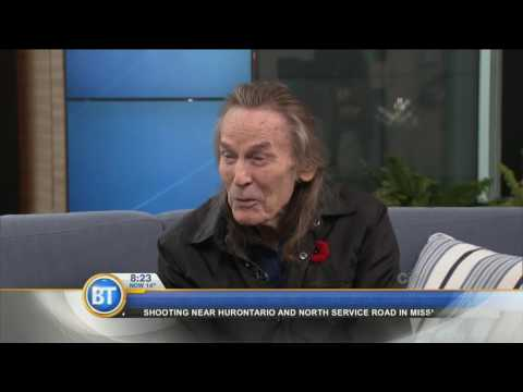 Musician Gordon Lightfoot discusses his experience in the industry and on tour