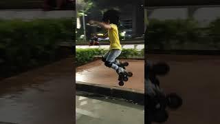 Main Lompat Sepatu Roda Jumping Inline Skate Di Depan FX, Jakarta 【AIRADE】