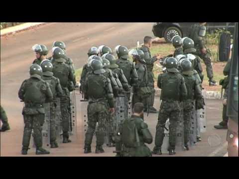 Temer chama Exército para conter manifestações contra o governo em Brasília