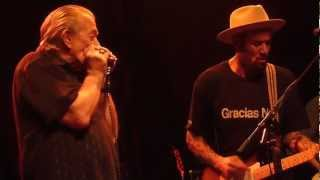 Ben Harper & Charlie Musselwhite - I'm In I'm Out And I'm Gone (01-29-2013)