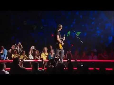 Keith Urban - Stupid Boy  ( Live )