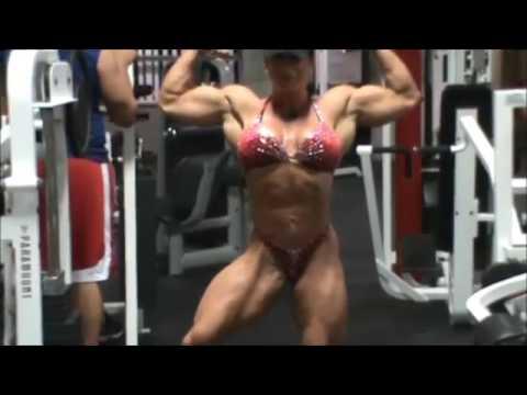 Jennifer Kennedy Big Muscles Posing