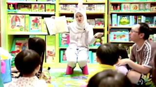 """Storytime with Teacher Yaya - """"'Muncha! Muncha! Muncha!"""""""