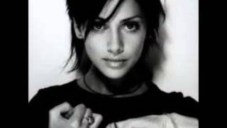 Watch Natalie Imbruglia Against The Wall video