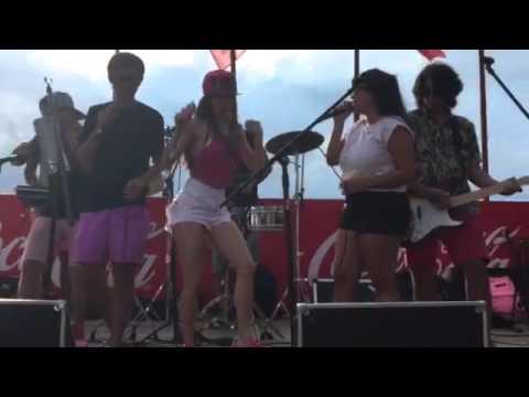 Magui Bravi se animó y debutó como cantante: el video de su primer show