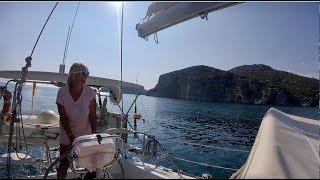 PORTO KOUFO CHALKIDIKI Calypso Hunter Legend 35.5 vela in Grecia