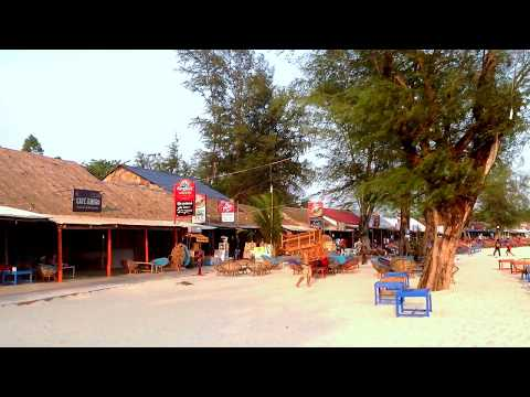 Travel and tour at the Beach in Kampong Som ǀ Sihanoulville ǀ Cambodia