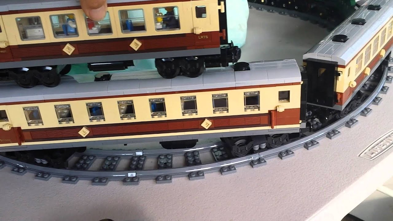 LEGO Instructions for 3 Custom Coaches for the LEGO Emerald Night 10194 Bundle 2