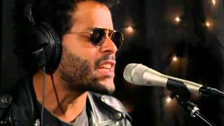 Twin Shadow - Golden Light (Live on KEXP)