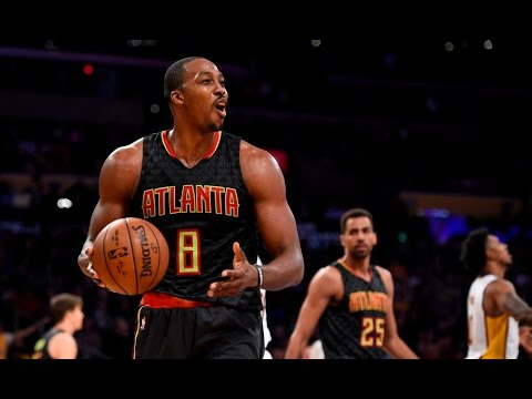 Who is Dwight Howard Blowing kisses at? |...