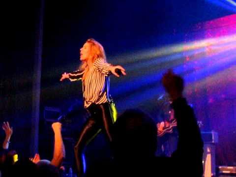 GRACE POTTER - MEDICINE - LIVE 12/8/2015 CONCORD NH CAPITOL CENTER