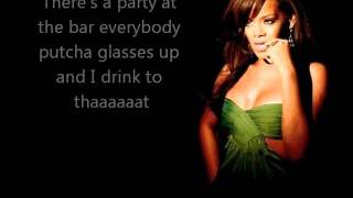 Rihanna - cheers (lyrics)