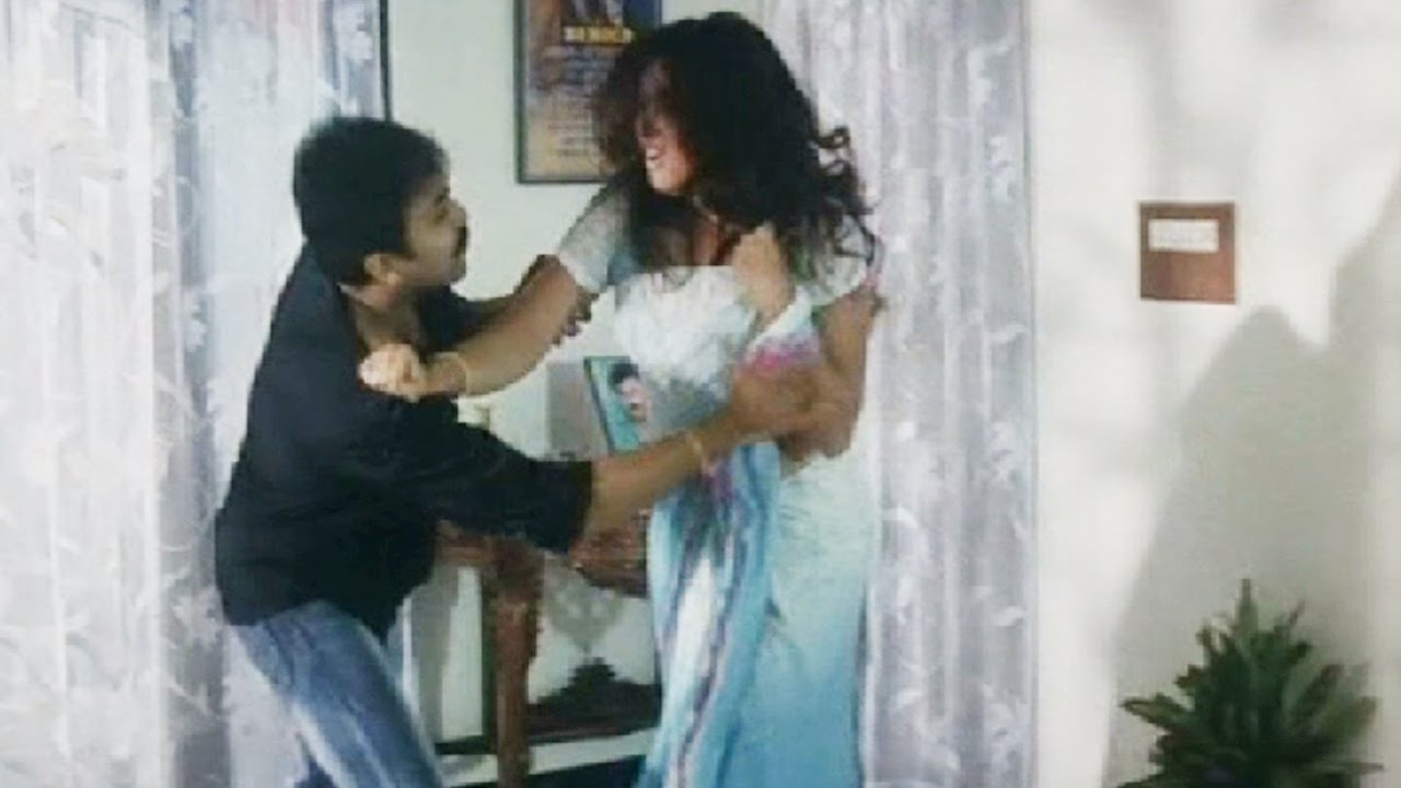 Young Boy Forcing Indian Aunty - Telugu Romantic Scene -9767