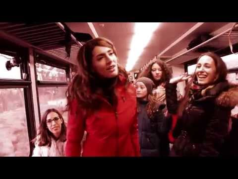 AMREF: Barbara Zanetti - Stand Up For African Mothers (flash mob)