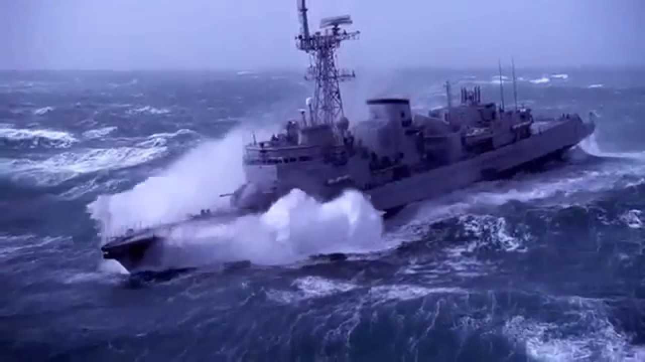 navi nella tempesta ship in storm youtube