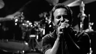 Pearl Jam - Down - Amsterdam (2018)