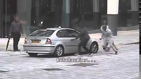 crazy amazing shocking live cam 85 CCTV footage shows gang attack victim with bat and knife
