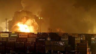 بالفيديو.. انفجار كيميائي يطلق الغاز السام في أكبر ميناء بالبرازيل