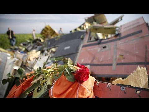 Ukraine: accusations fly as OSCE monitors gather information about crashed flight MH17