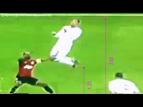 Cristiano Ronaldo saltó casi 3 metros en su gol frente al Manchester United