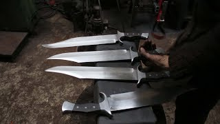 Forging 4 Bowie knives out of semi truck leaf spring steel, ...