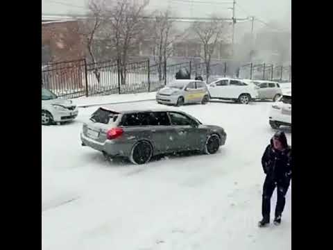 Первый снег 2017 во Владивостоке. 120 аварий за вечер.