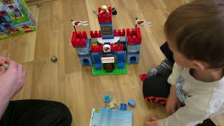 Видео обзоры LEGO Duplo Королевская крепость