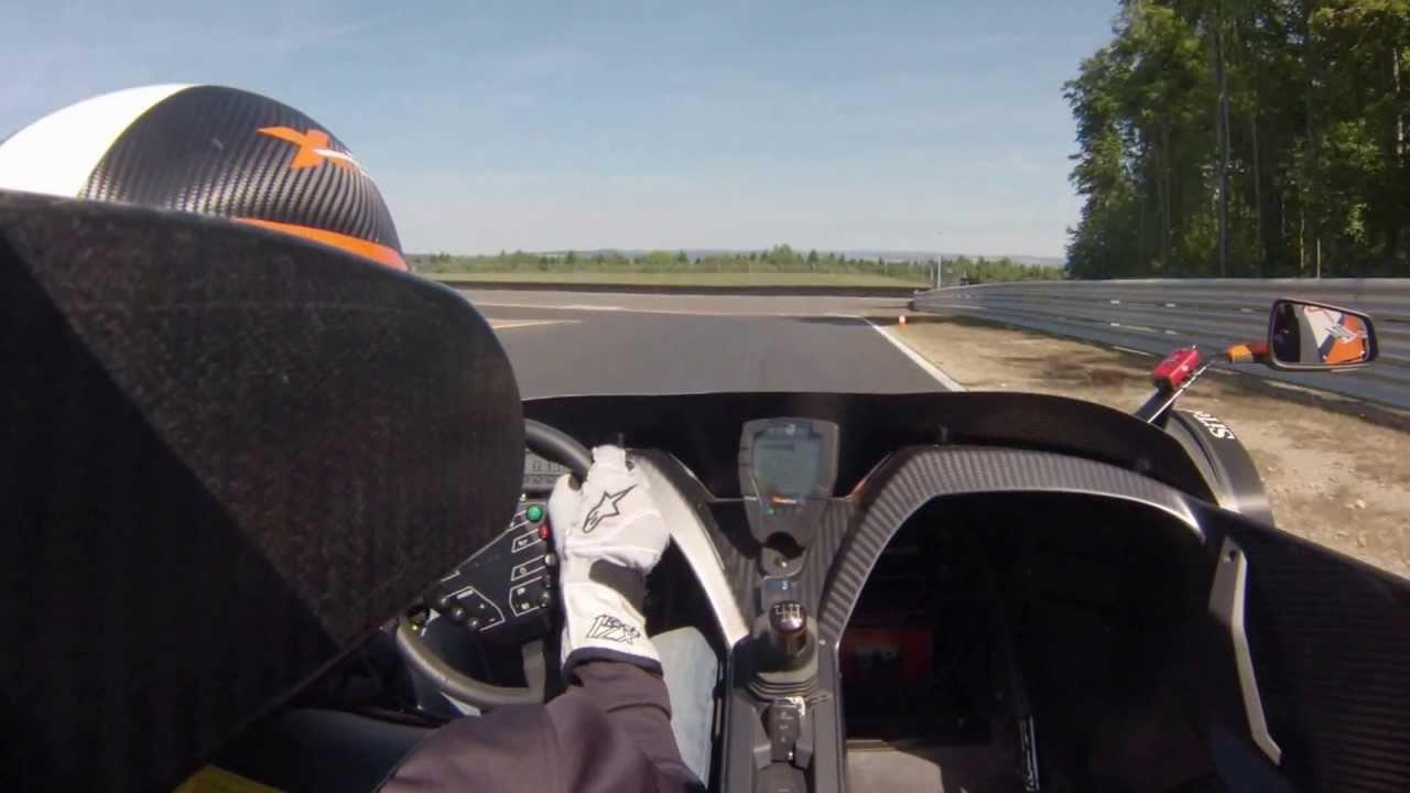KTM X-BOW R am Bilster Berg - Dreher in der Mutkurve
