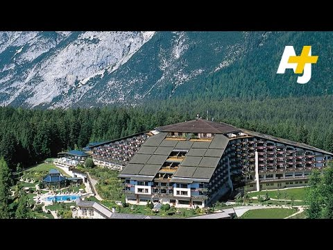 Secret Bilderberg Group Meeting Draws Powerful People