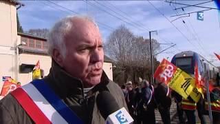 Manifestation contre la fermeture de la gare de La Guerche-sur-l'Aubois