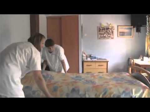 le relais de la vall e maison de retraite seichebri res youtube. Black Bedroom Furniture Sets. Home Design Ideas