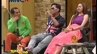 Aura Kasih dihipnotis Uya, Tampil seksi dan bergoyang hot best quality video