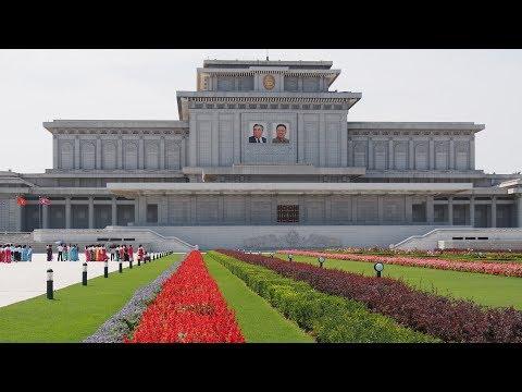Sightseeing in Pyongyang, North-Korea!