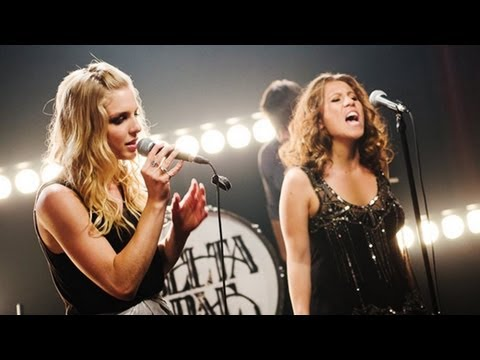 """Delta Rae - """"Bottom Of The River"""" (LIVE SESSION)"""