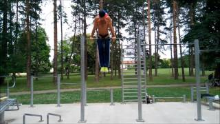one arm pull ups 10 kg and rest of set