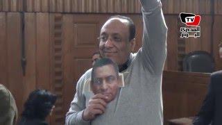 أنصار «المخلوع» من «النقض»: «مين فيكوا درس مبارك عشان يتكلم عنه»