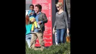 Sean carries Charlize's son Jackson on lunch date