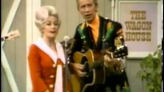 Watch Dolly Parton Holdin On To Nothin video