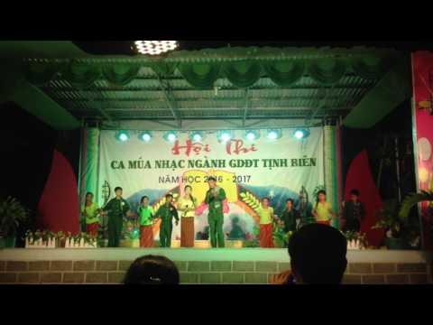 Ca múa nhạc trường tiểu học Văn Giáo
