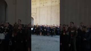 Nieuw-Zeelandse soldaten zingen Hallelujah onder de menenpoort