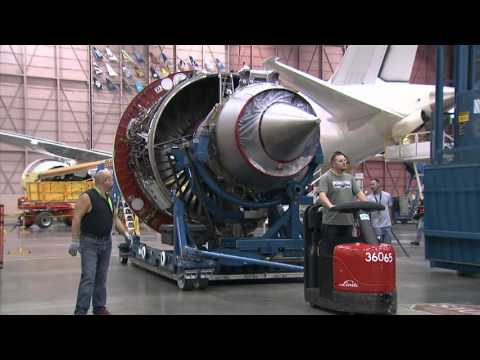Boeing 787-9 Dreamliner being assembled and painted