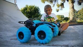 Тест Драйв: Гоночный джип на пульте управления. Jeep remote control. Jeep mit der Fernbedienung.