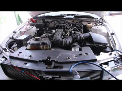 Ford Mustang 4,0 liters V6 carbon build-up cleaning session becaushesitating when idling...e engine