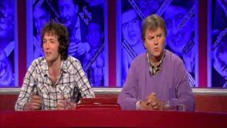 Chris Addison shows correct way of dealing with journalists thumbnail