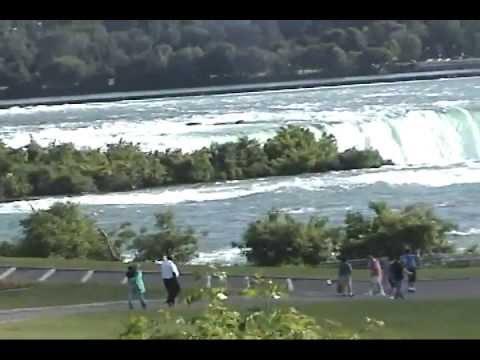 Popular Tourist Attractions : Niagara Falls