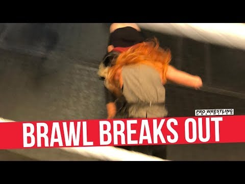Brawl Breaks Out Between Becky Lynch & Charlotte Flair