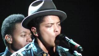 bruno mars doowop classic live in concert denver 2011