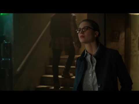 Supergirl 2x11 - Kara & Mon-El Scene #1