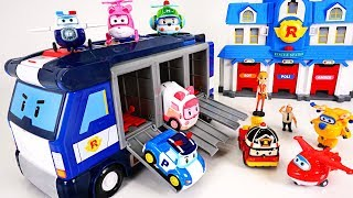 Stop the dinosaurs' egg bombs! Go Superwings and robocar poli
